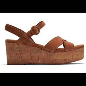 NEW TOMS Carmel Brown Suede Willow Wedges